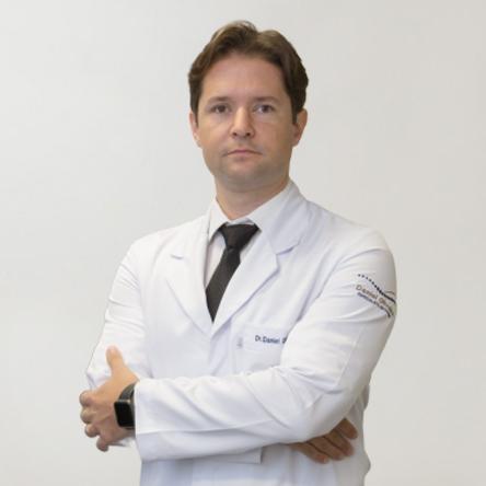 Dr. Daniel de Abreu Oliveira - NOT Ortopedia